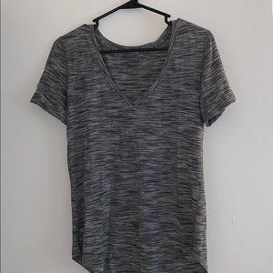Lululemon v neck T-shirt